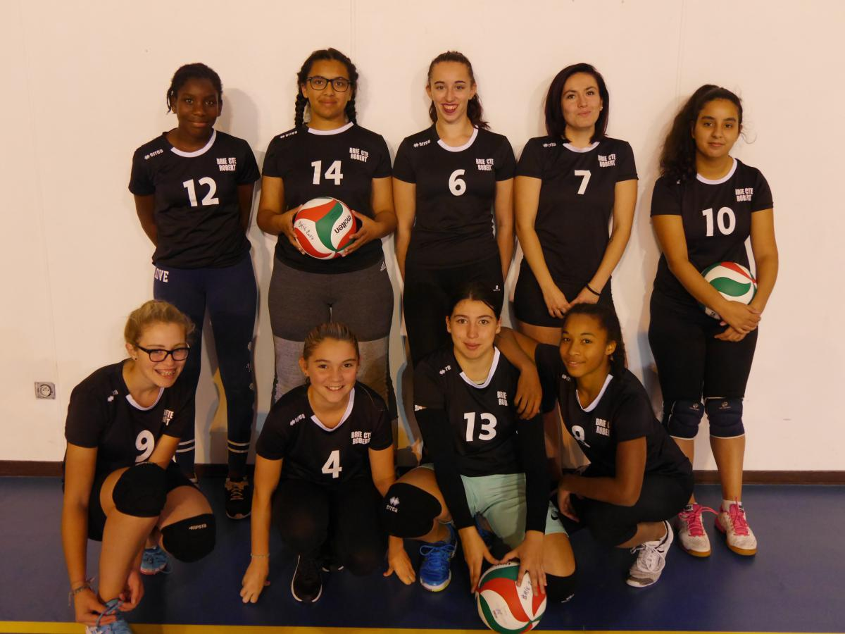 M17 Féminin - SPORTING CLUB BRIARD VOLLEY BALL